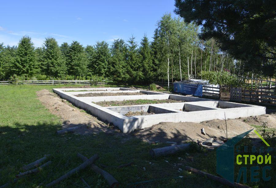 Фундамент для строительства дома из оцилиндрованного бревна