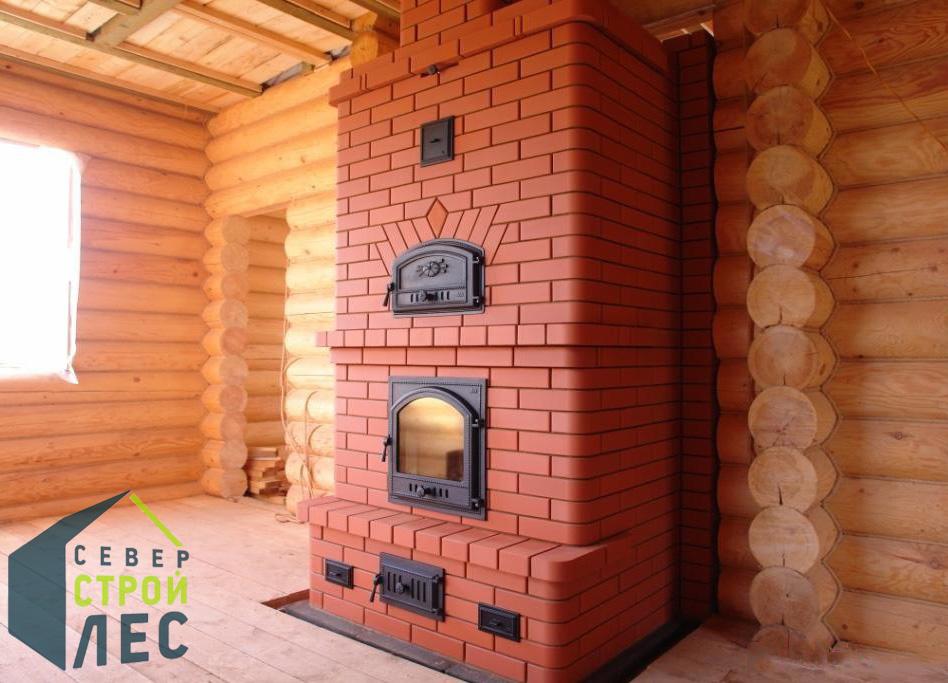 Печь в бревенчатом доме