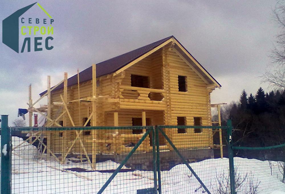 Строительство сруба дома зимой
